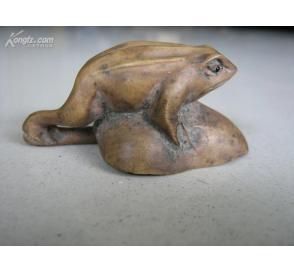 杨木雕挂件 【荷叶/青蛙】 1个! 很漂亮!(物品编号:2829938)-