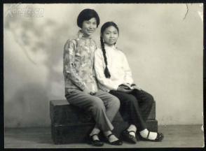 妈妈与短发:拍品孩子,女孩长辫,漂亮_信息妈妈试探是否喜欢你女生图片