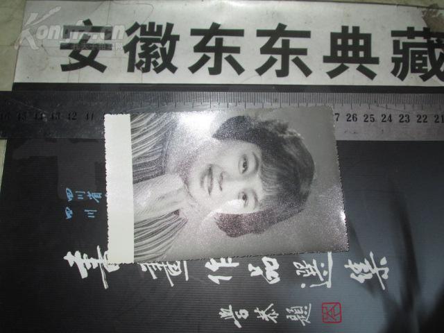 【图】老美女:名车2:多看图(邮票,美女多拍只收壁纸相片钱币电脑图片