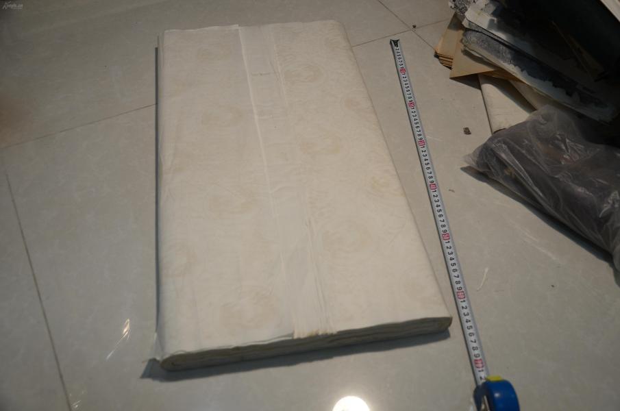 精品老宣纸专场:90年代左右图案宣纸四尺整张96张,好纸,低价起拍