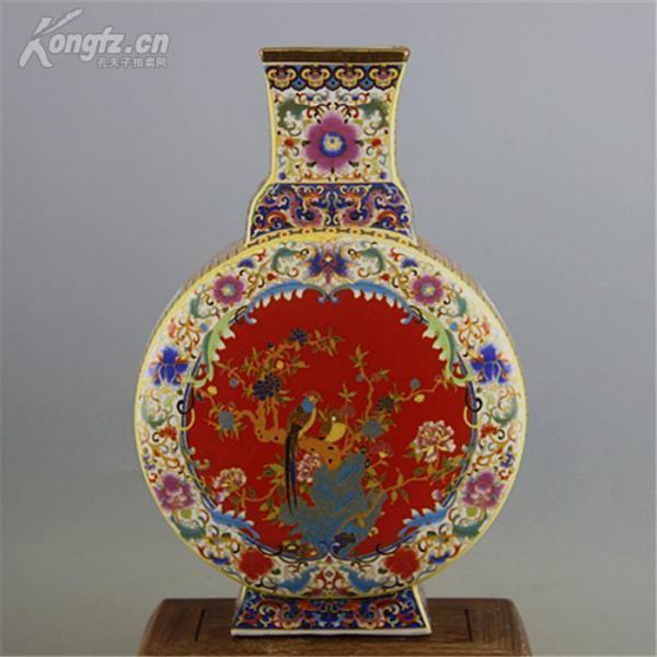 雍正琺瑯彩花鳥紋扁瓶