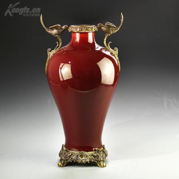 欧洲回流老瓷器大清乾隆年制嵌铜梅瓶