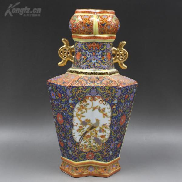 大清雍正年制珐琅彩描金花鸟方形瓶
